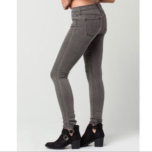 Flying monkey new with tags grey skinny jeans